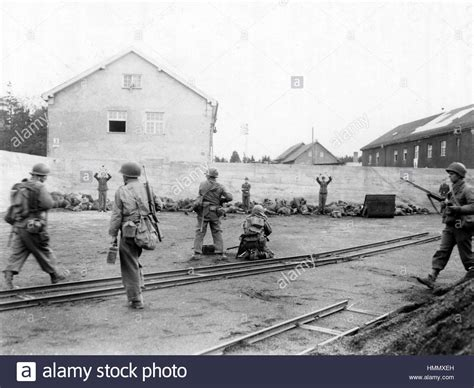 auto stock dachau ss guards stock photos ss guards stock images alamy