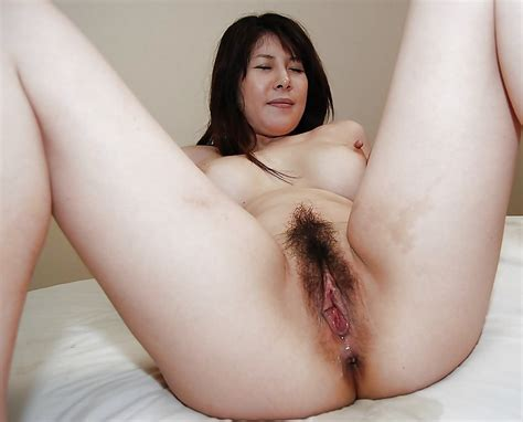 032 1000  In Gallery Mature Asian Pussy Picture 9