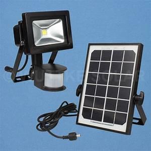 Solarlampen Mit Bewegungsmelder Und Akku : akku led strahler 10w und 3w solarpanel wuttke solar ~ A.2002-acura-tl-radio.info Haus und Dekorationen