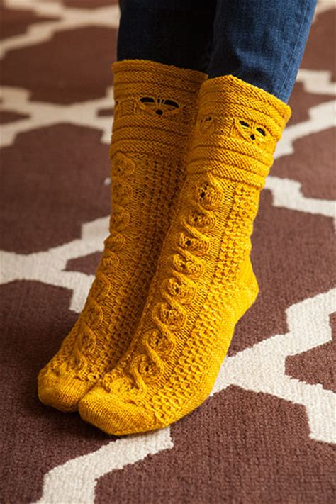busy bees socks knitting patterns  crochet patterns