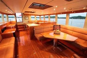 Boat interior design interior design home decor for Interior decorating ideas for boats