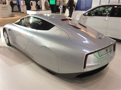 Volkswagen Xl1 (video & Pics)