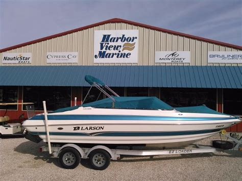 Larson Lxi Boats For Sale by Larson 228 Lxi Boats For Sale Boats