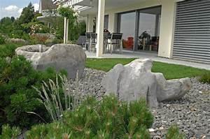 Große Steine Für Garten : gartengestaltung mit findlingen steine f r g rten ~ Sanjose-hotels-ca.com Haus und Dekorationen