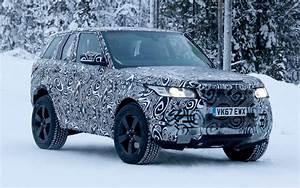 Nouveau Land Rover Defender : le mulet du futur land rover defender de sortie l 39 automobile magazine ~ Medecine-chirurgie-esthetiques.com Avis de Voitures