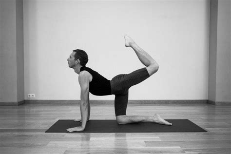 Vyaghrasana L Tiger Pose L Steps, Precautions And Benefits