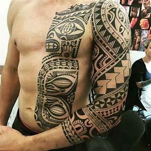 Kleine Männer Tattoos : 37 oberarm tattoo ideen f r m nner maori und tribal motive tattoo man arm pinterest ~ Frokenaadalensverden.com Haus und Dekorationen