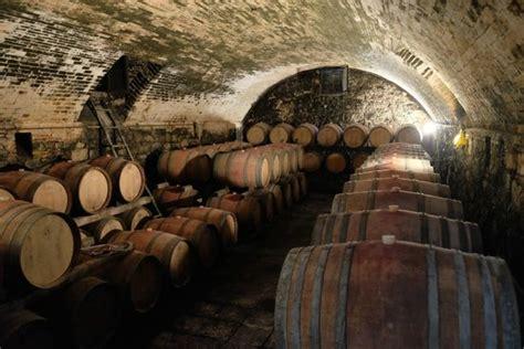 stye wine cellar picture  casa sola chianti