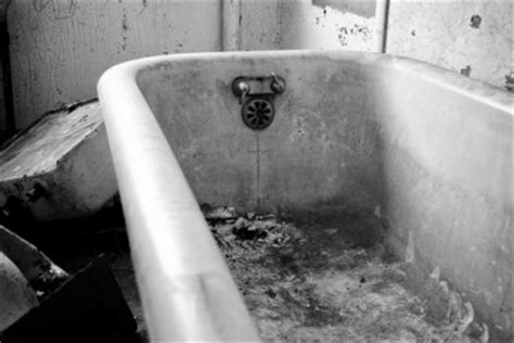 remove rust stains   bathtubdiy guides
