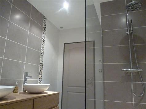 difference salle d eau salle de bain photo quot la salle d eau pour notre chambre en cours de fini quot d 233 coration salle de bain