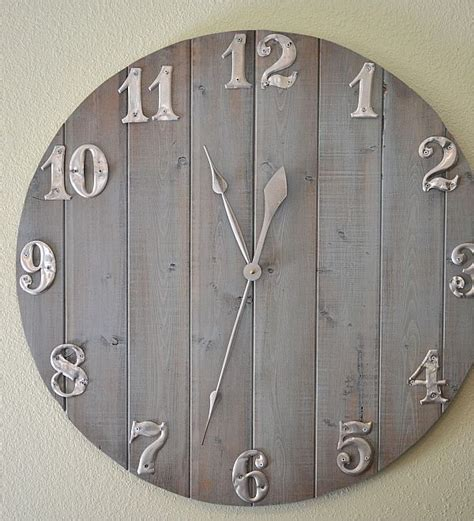 How To Craft A Wall Clock Out Of Leftover Wood Scraps