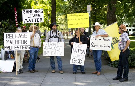Helpers Portland by Oregon Sheriff Says Occupiers Warned Of Armed