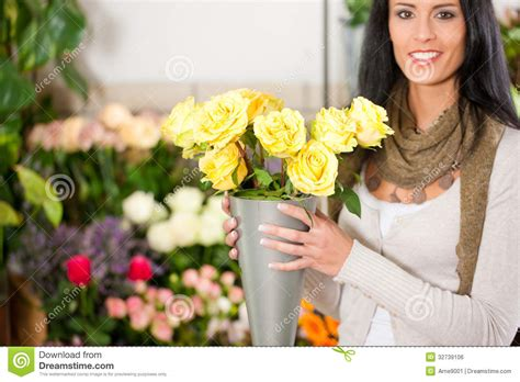 florist in flower shop stock photo image 32739106