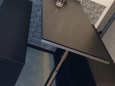 table de cuisine a fixer au mur création de table haute et bancs