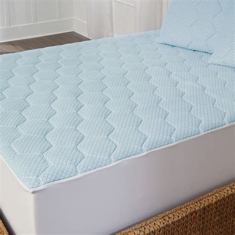 cooling memory foam mattress topper arctic sleep cooling 1 inch gel memory foam mattress pad