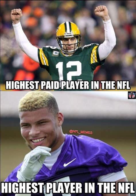 Nfl Football Memes - nfl memes nfl memes s twitter pic nfl memes follow aaron rodgers vs tyrann nfl