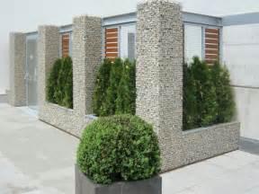 wohnideen minimalistisch gartenzaun sichtschutz zaun oder gartenmauer 102 ideen für gartengestaltung