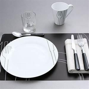 Service De Vaisselle : service de table ondes ~ Voncanada.com Idées de Décoration