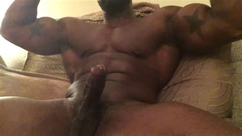 Black Muscle Man Jacking Off And Cumming