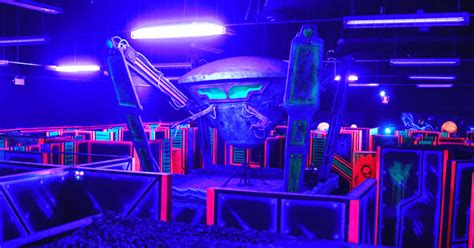 laser tag arena midnight friends play planet yourselves ontario entire narcity things toronto
