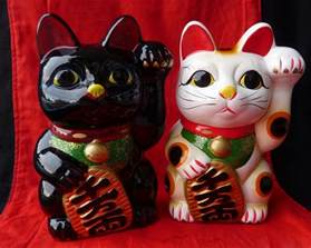 beckoning cat lucky cat maneki neko all about the japanese lucky