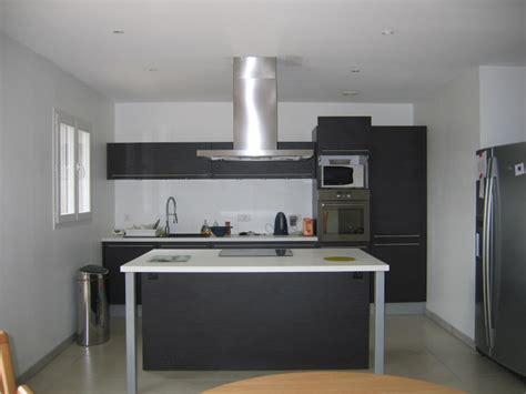 je pose ma cuisine cuisinella créer la déco de ma pièce salon cuisine