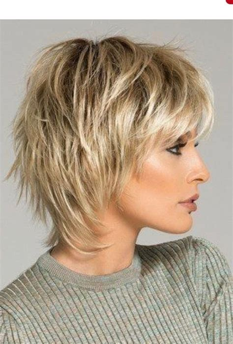 show amy short pixie in 2019 short shag haircuts