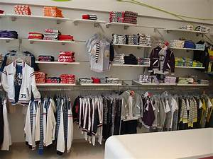 SAM 0-13 | KIDS CLOTHES STORE | SAVOPOULOS Shop Fitting