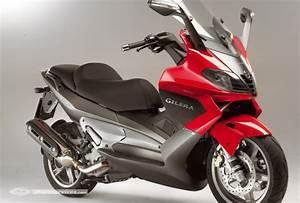 Permis Scooter 500 : pr sentation du maxi scooter gilera nexus 500 ~ Medecine-chirurgie-esthetiques.com Avis de Voitures