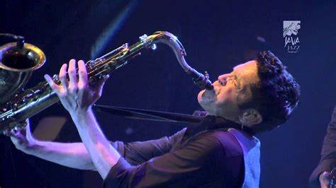 Dave Koz & Friends Perform