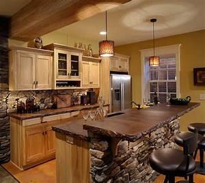 Cucina rustica legno pietra ma anche dei tocchi moderni for Cucina rustica in pietra