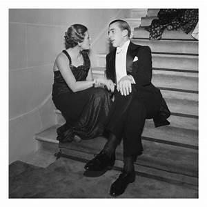 Swingers Club , a look at the dress code - Krystal Club Privè