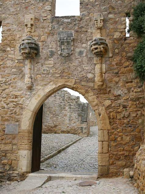 torres vedras castle entrance portugal travel guide