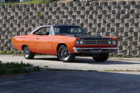 plymouth road runner real  code  hemi orange