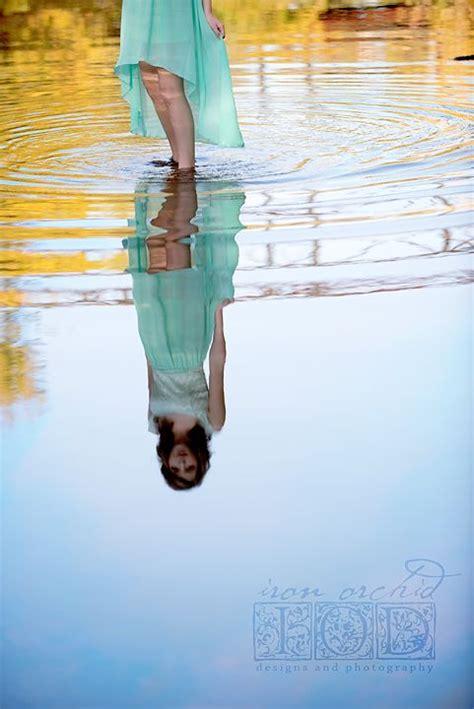pin  sarah debeaugrine  photographyart senior girl