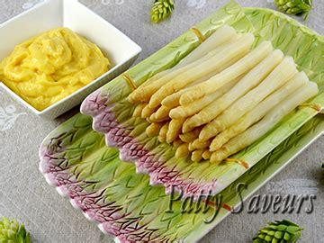 comment cuisiner les asperges blanches patty saveurs cocotte de poulet sauce stroganoff