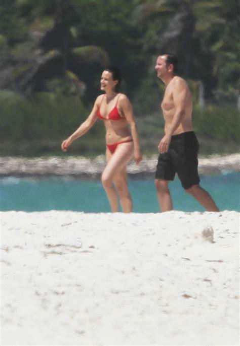 carla gugino  red bikini  gotceleb