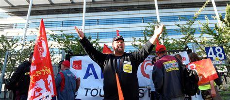 alstom siege social alstom les salariés manifestent devant le siège social