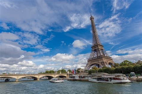 Bateau Mouche Seine River Cruise by Cruising The Seine River In Paris How To Choose The Best