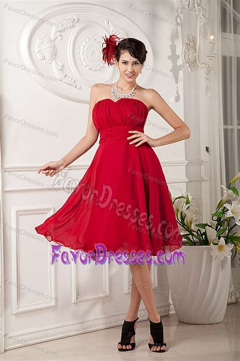 red princess sweetheart dama dress  knee length