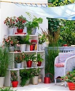 Jardines en espacios reducidos: Macetas, materiales, niveles y disposición Jardin Flor de