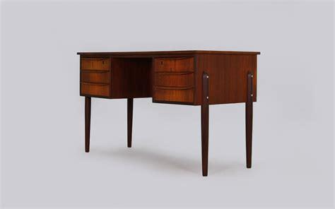 19 airia desk by kaiju studios 42 gorgeous desk