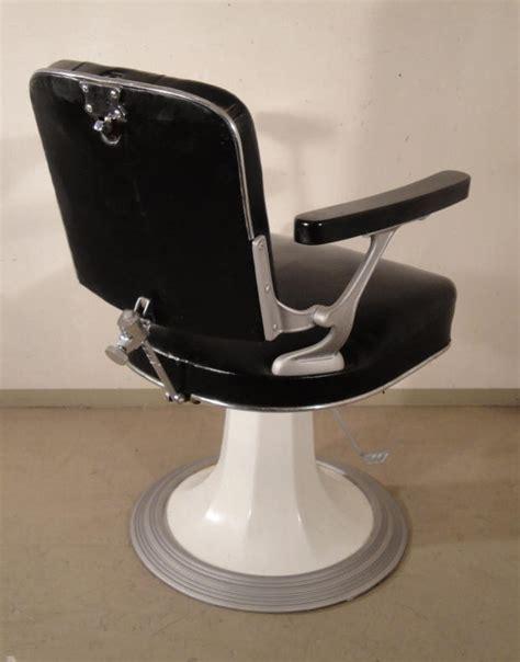 chaise de coiffure a vendre usagé mobilier et objets des ées 1950 60 archives déjà vendu