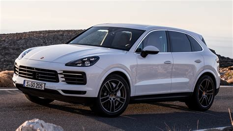 Porsche Cayenne Backgrounds by Porsche Cayenne Wallpapers Pictures Images