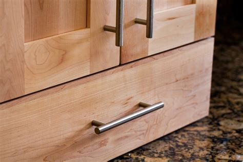 Top Knobs Decorative Hardware: M430   European Bar Pulls