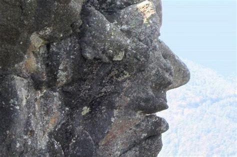 quand la nature sculpte detranges rochers en forme de