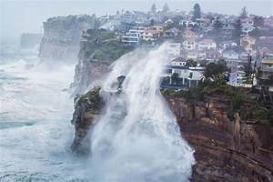 NSW weather: Hundreds ordered to evacuate and thousands ...