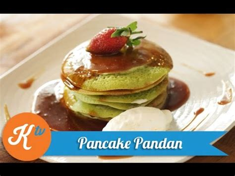 Crispy fried asian style chicken thighs served with some whacky but delicious coconut and pandan pancakes. Resep Pancake Pandan (Pandan Pancake Recipe Video)   REVO - YouTube