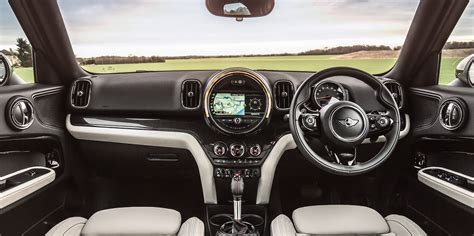 mini countryman interior infotainment carwow