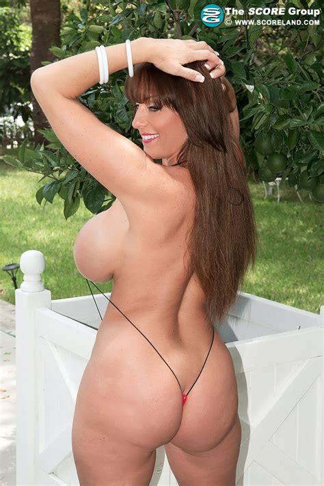 Shelby Gibson in a mini bikini   Busty Babe Photo